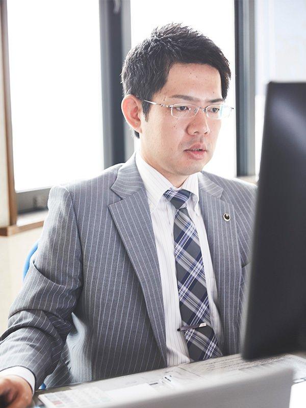 尾崎敦ポートレート